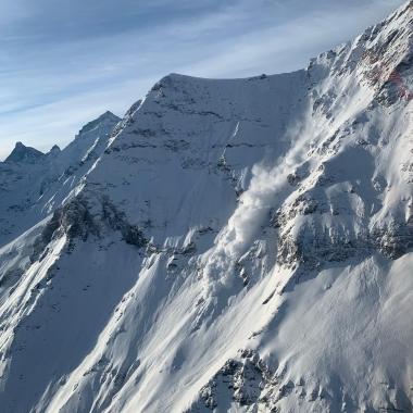 Peu de sauvetages mais beaucoup d'avalanches et de minages